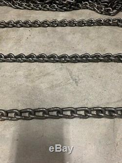 2 NEW- 10-16.5NHS SNOW TIRE CHAINS with 2 EXTRA cross Chains 6-4